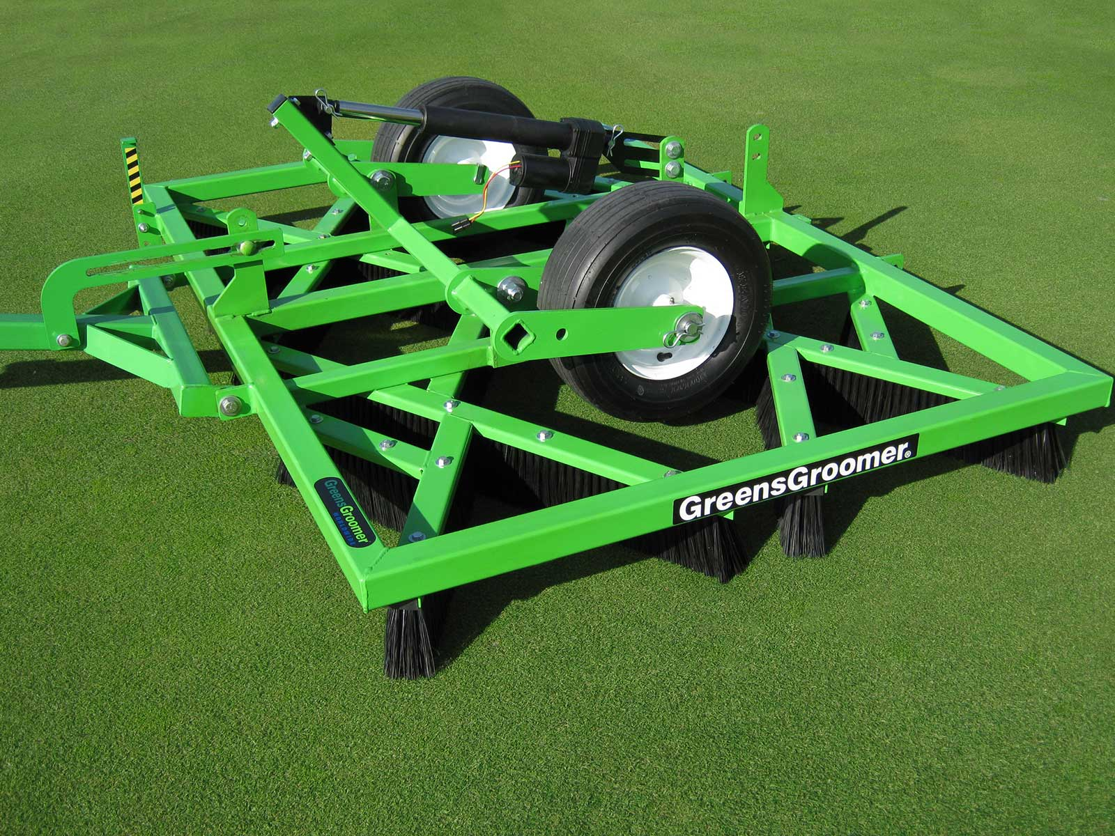 Greensgroomer For Natural Turf The Leading Topdressing